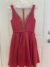 Sherri Hill Red Size 6 Plunge Homecoming Ball gown on Queenly