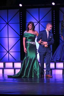 Mac Duggal Green Size 6 Macduggal Straight Dress on Queenly