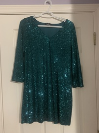 Queenly size 8 Lulus Green Cocktail evening gown/formal dress