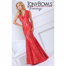 Tony Bowls Red Size 0 Nude Sleeves Silk Mermaid Dress on Queenly