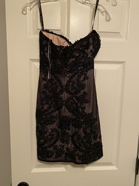 Alexia Designs Black Size 2 Tall Height Cocktail Dress on Queenly