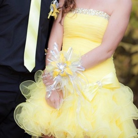 Sherri Hill Yellow Size 4 Homecoming Strapless Cocktail Dress on Queenly