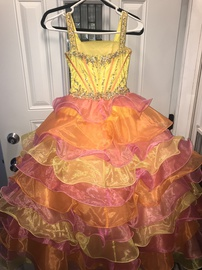 Multicolor Size 6 Ball gown on Queenly