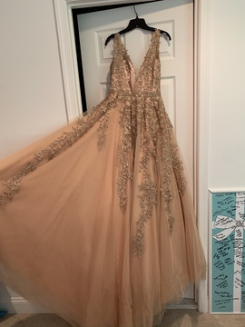 Sherri Hill Gold Size 6 Prom Plunge Ball gown on Queenly