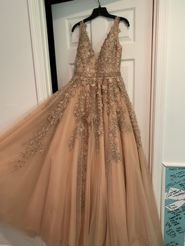 Queenly size 6 Sherri Hill Gold Ball gown evening gown/formal dress
