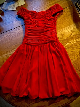 Queenly size 4 A. J. Bari Red Cocktail evening gown/formal dress