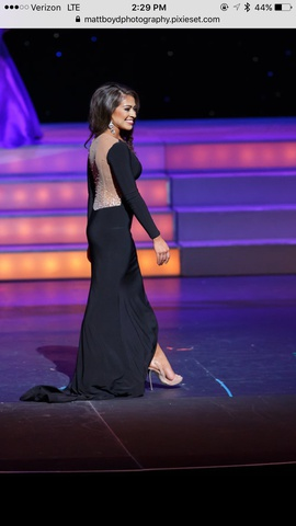 Black Size 0 Side slit Dress on Queenly