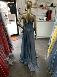 Terani Couture Blue Size 4 Backless A-line Dress on Queenly