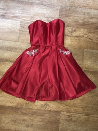 Blondie Nites Red Size 2 Homecoming Interview Pockets Halter Cocktail Dress on Queenly