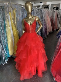 Ellie Wilde Red Size 4 Ruffles Tulle V Neck Ball gown on Queenly