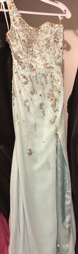Larisse Green Size 0 Side slit Dress on Queenly