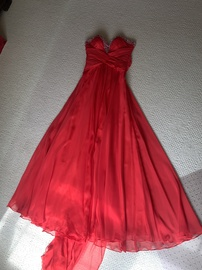 Mac Duggal Red Size 0 Sweetheart Strapless Ball gown on Queenly