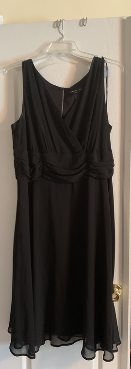 Queenly size 18  Black Cocktail evening gown/formal dress