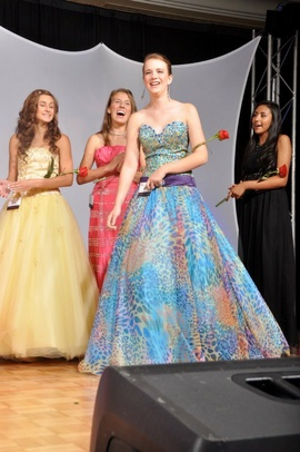 Queenly size 0  Multicolor Ball gown evening gown/formal dress