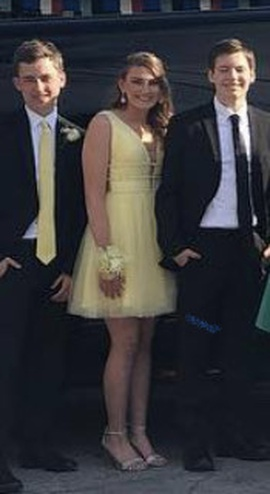Sherri Hill Yellow Size 6 Homecoming Mini Plunge Cocktail Dress on Queenly