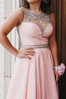 Queenly size 6 Sherri Hill Pink A-line evening gown/formal dress