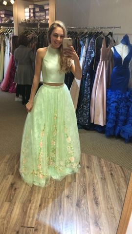 Sherri Hill Green Size 4 Floral Tulle Ball gown on Queenly