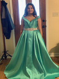 Queenly size 10 Mac Duggal Green Ball gown evening gown/formal dress