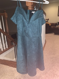 Charlotte Russe Green Size 6 Homecoming Mini Straight Dress on Queenly