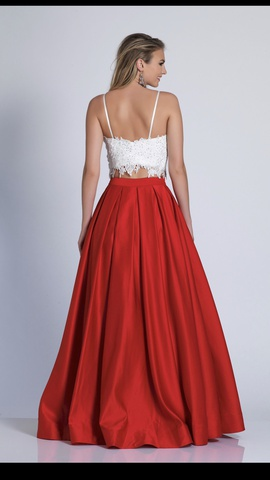 Dave & Johnny Red Size 2 Prom Lace Ball gown on Queenly