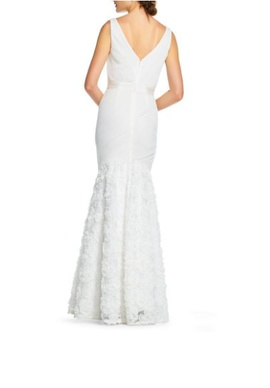 Adrianna Papell White Size 2 Prom Wedding Mermaid Dress on Queenly