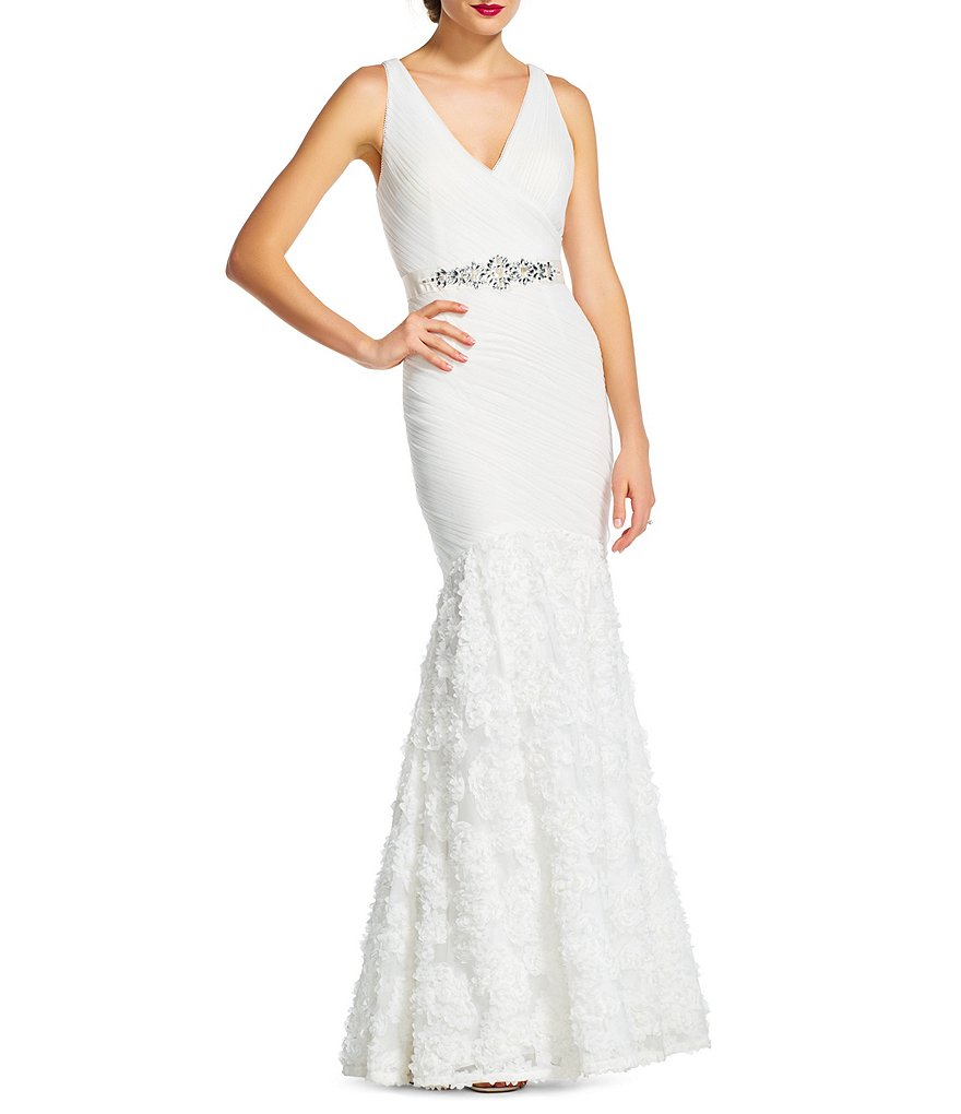Queenly size 2 Adrianna Papell White Mermaid evening gown/formal dress