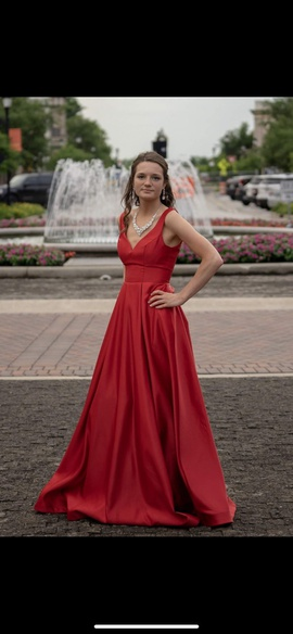Windsor Red Size 0 Prom Backless Ball gown on Queenly
