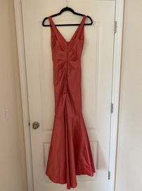 Windsor Pink Size 4 Plunge Mermaid Dress on Queenly