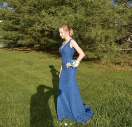 Queenly size 00 Jovani Blue Train evening gown/formal dress