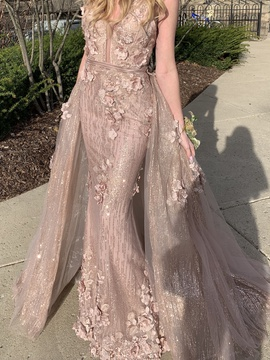 Portia and Scarlett Nude Size 0 Backless Train Ball gown on Queenly