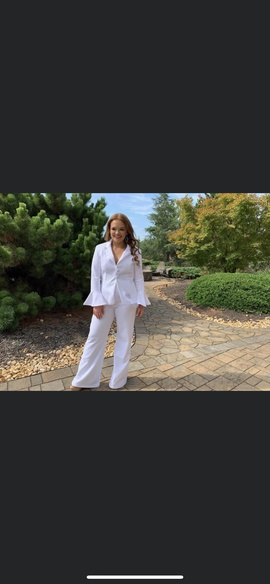 Queenly size 6 Fernando Wong White Romper/Jumpsuit evening gown/formal dress