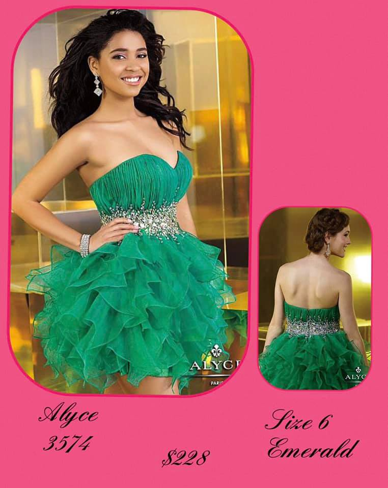 Queenly size 6 Alyce Paris Green Cocktail evening gown/formal dress