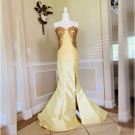 Queenly size 6 Sherri Hill Yellow Side slit evening gown/formal dress
