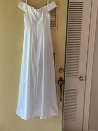 Niki Livas White Size 2 A-line Dress on Queenly