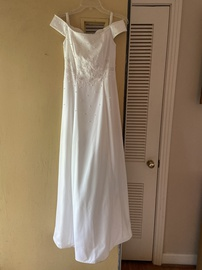 Niki Livas White Size 2 A-line Dress on Queenly