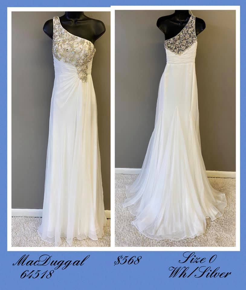 Queenly size 0 Mac Duggal White A-line evening gown/formal dress