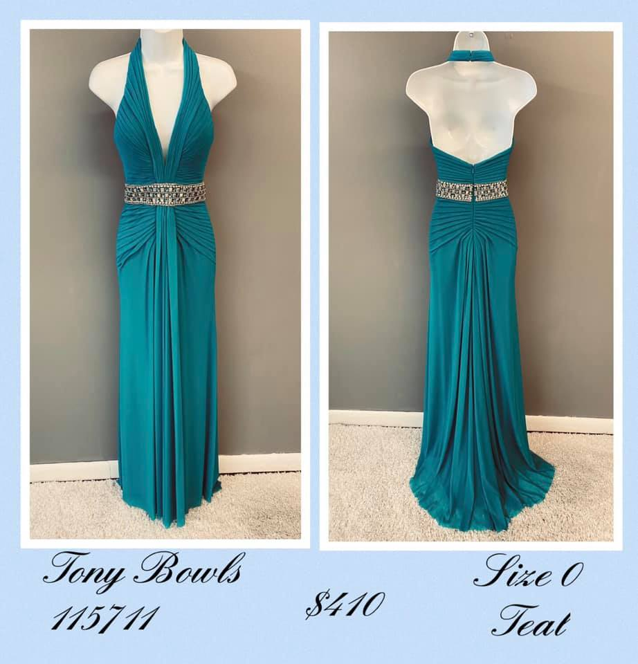 Queenly size 0 Tony Bowls Green A-line evening gown/formal dress