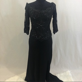 Queenly size 12 Vicky Tiel Black Straight evening gown/formal dress