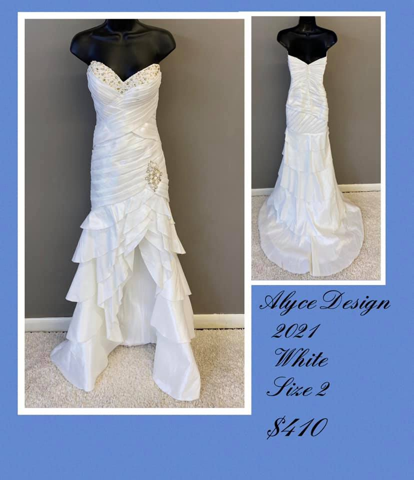 Queenly size 2 Alyce Paris White Side slit evening gown/formal dress