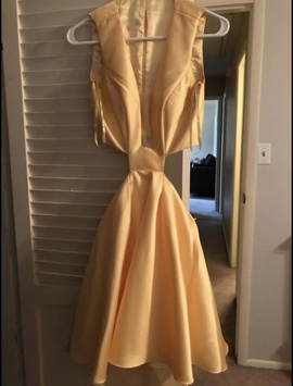 Queenly size 0  Yellow Cocktail evening gown/formal dress