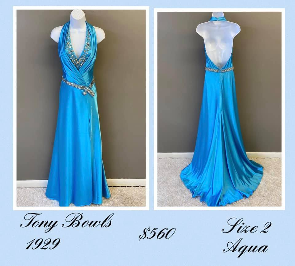 Queenly size 2 Tony Bowls Blue A-line evening gown/formal dress