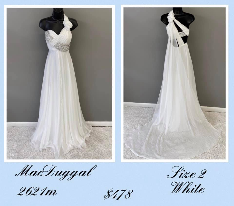 Queenly size 2 Mac Duggal White A-line evening gown/formal dress