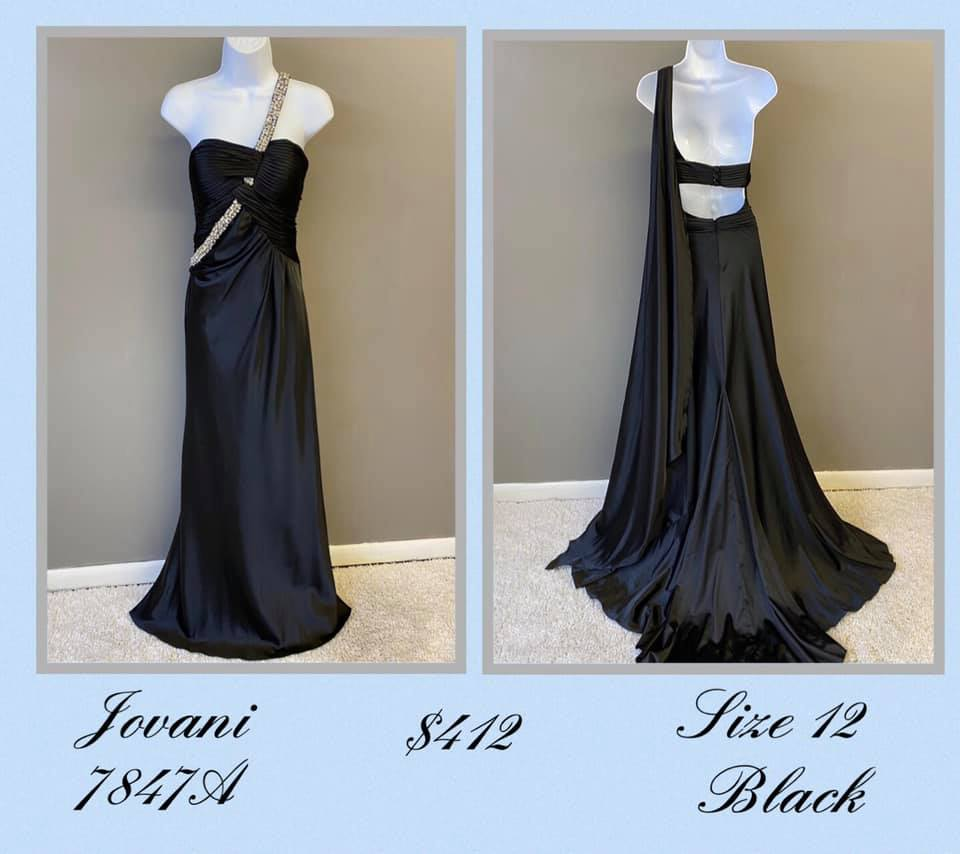Queenly size 12 Jovani Black A-line evening gown/formal dress