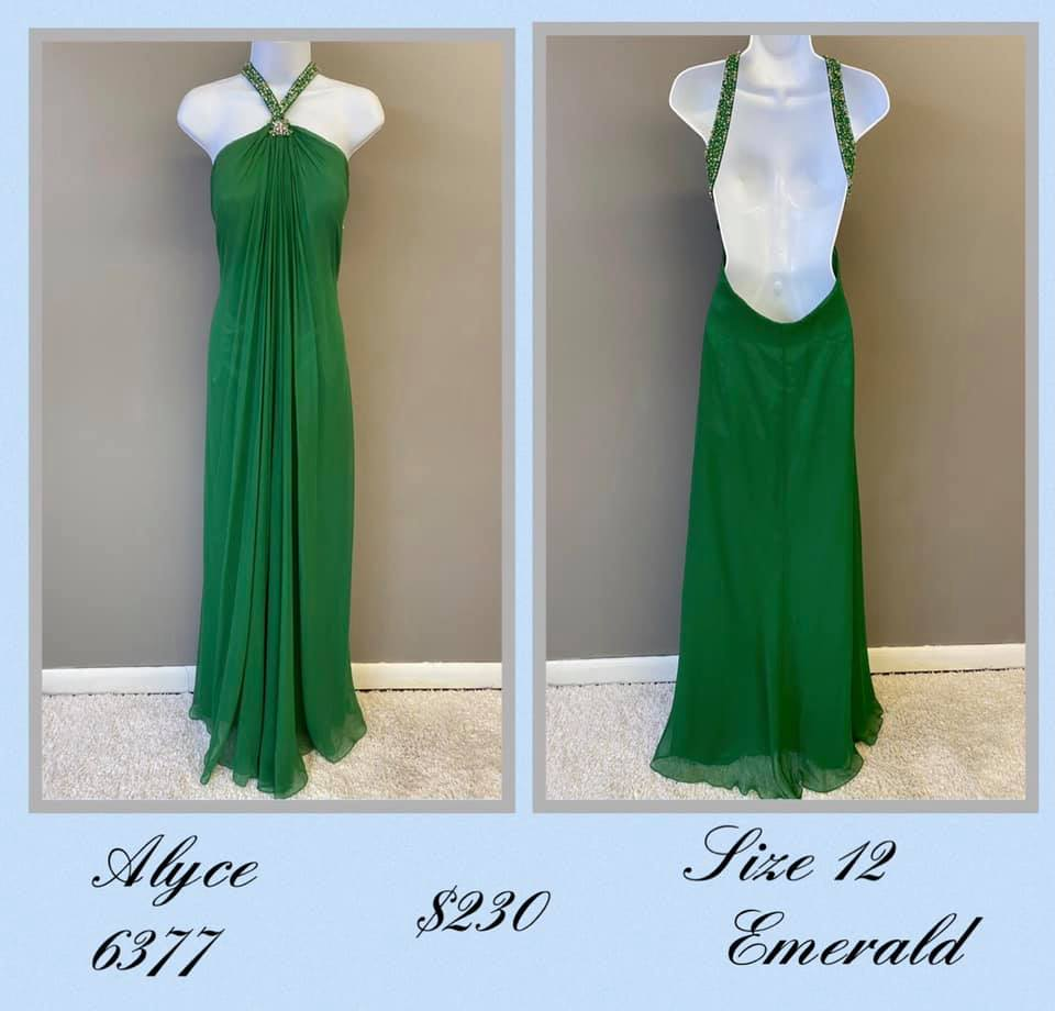 Queenly size 12 Alyce Paris Green A-line evening gown/formal dress