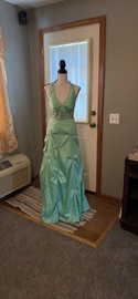 Queenly size 6  Green Ball gown evening gown/formal dress