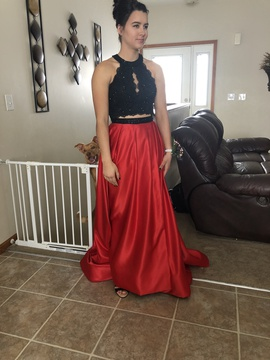Queenly size 4  Red Side slit evening gown/formal dress