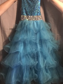 Mac Duggal Blue Size 00 One Shoulder Ball gown on Queenly