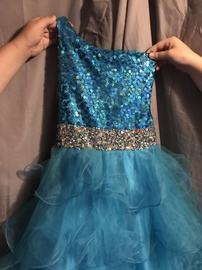Queenly size 00 Mac Duggal Blue Ball gown evening gown/formal dress