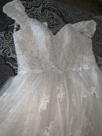 Queenly size 12 Oleg Cassini White Ball gown evening gown/formal dress