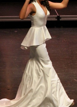 Sherri Hill White Size 4 Custom Plunge Mermaid Dress on Queenly